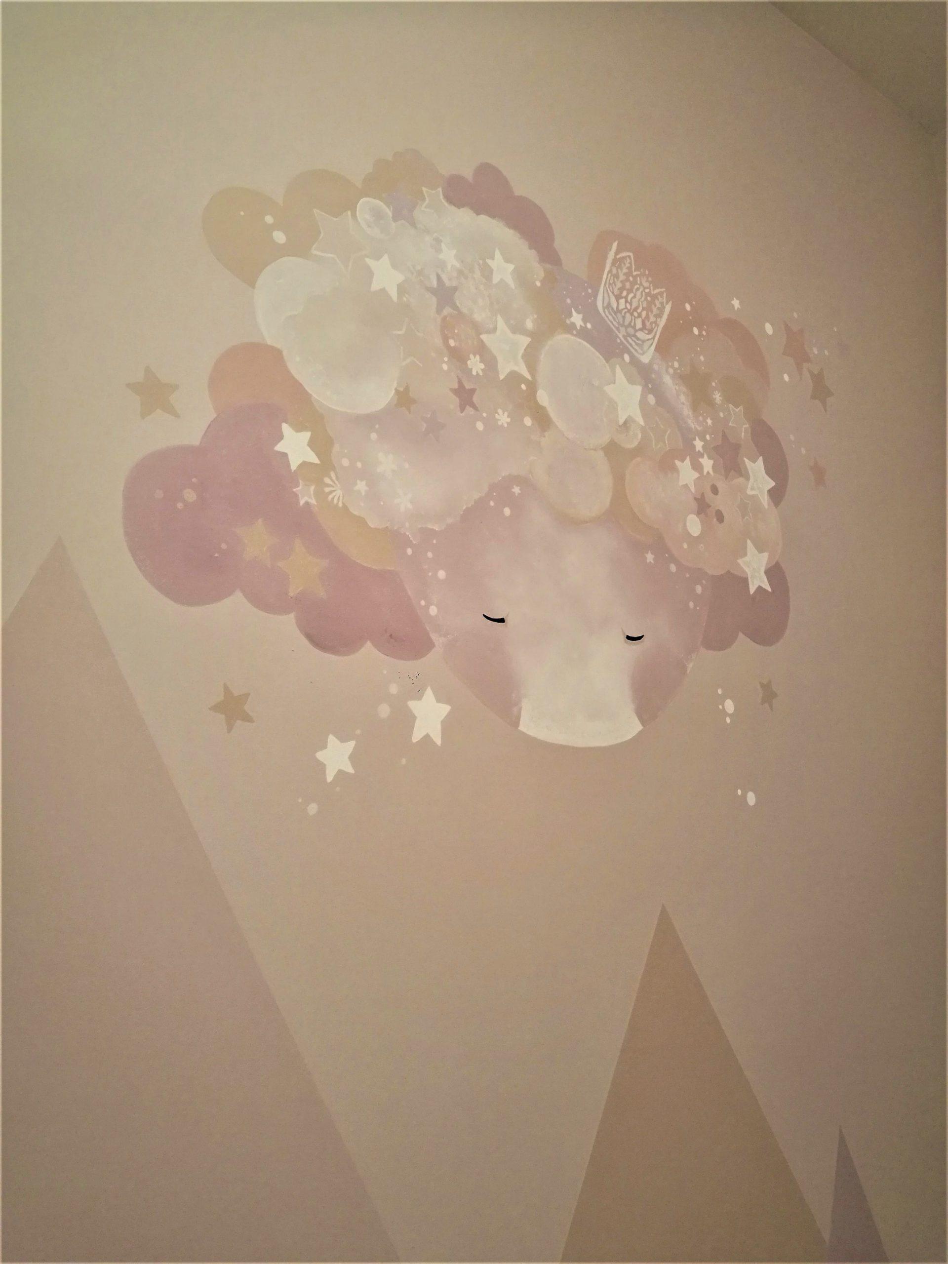 menine-kuryba-sienu-dekoravimas (18)