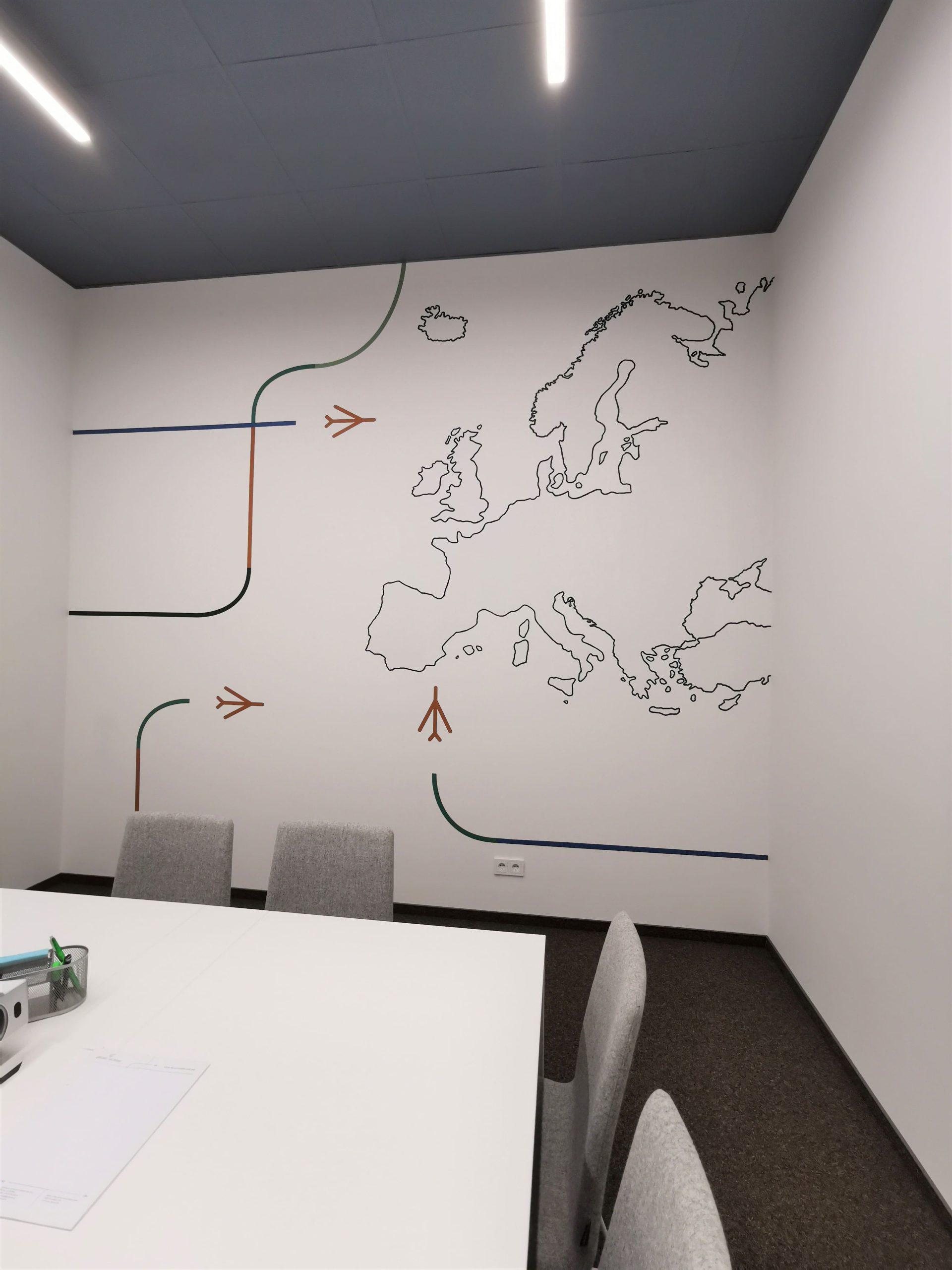 menine-kuryba-sienu-dekoravimas-biurai (8)