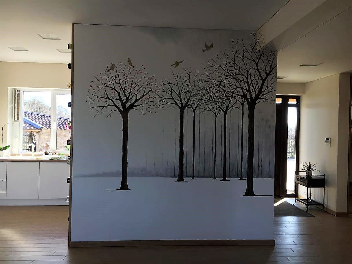 menine-kuryba-sienu-dekoravimas-ivairus-interjerai (15)