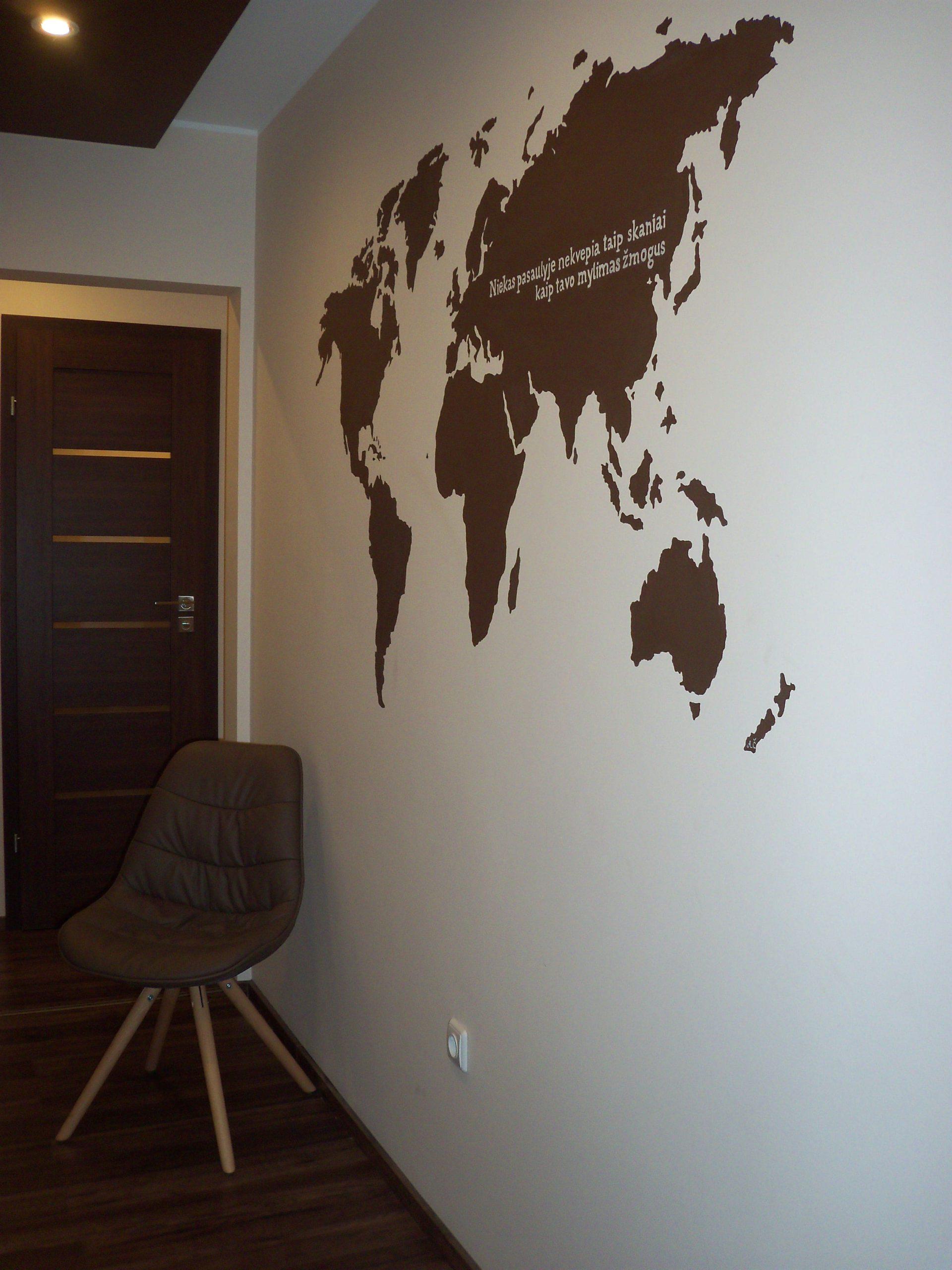 menine-kuryba-sienu-dekoravimas-ivairus-interjerai (32)
