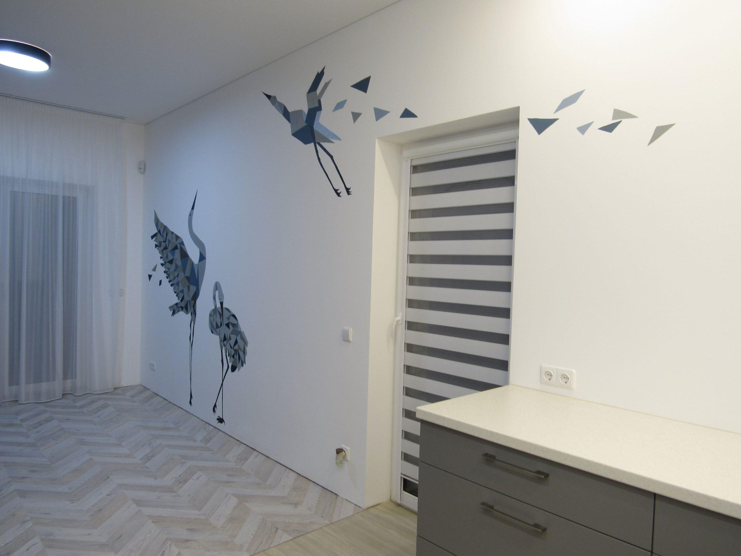 menine-kuryba-sienu-dekoravimas-ivairus-interjerai (7)