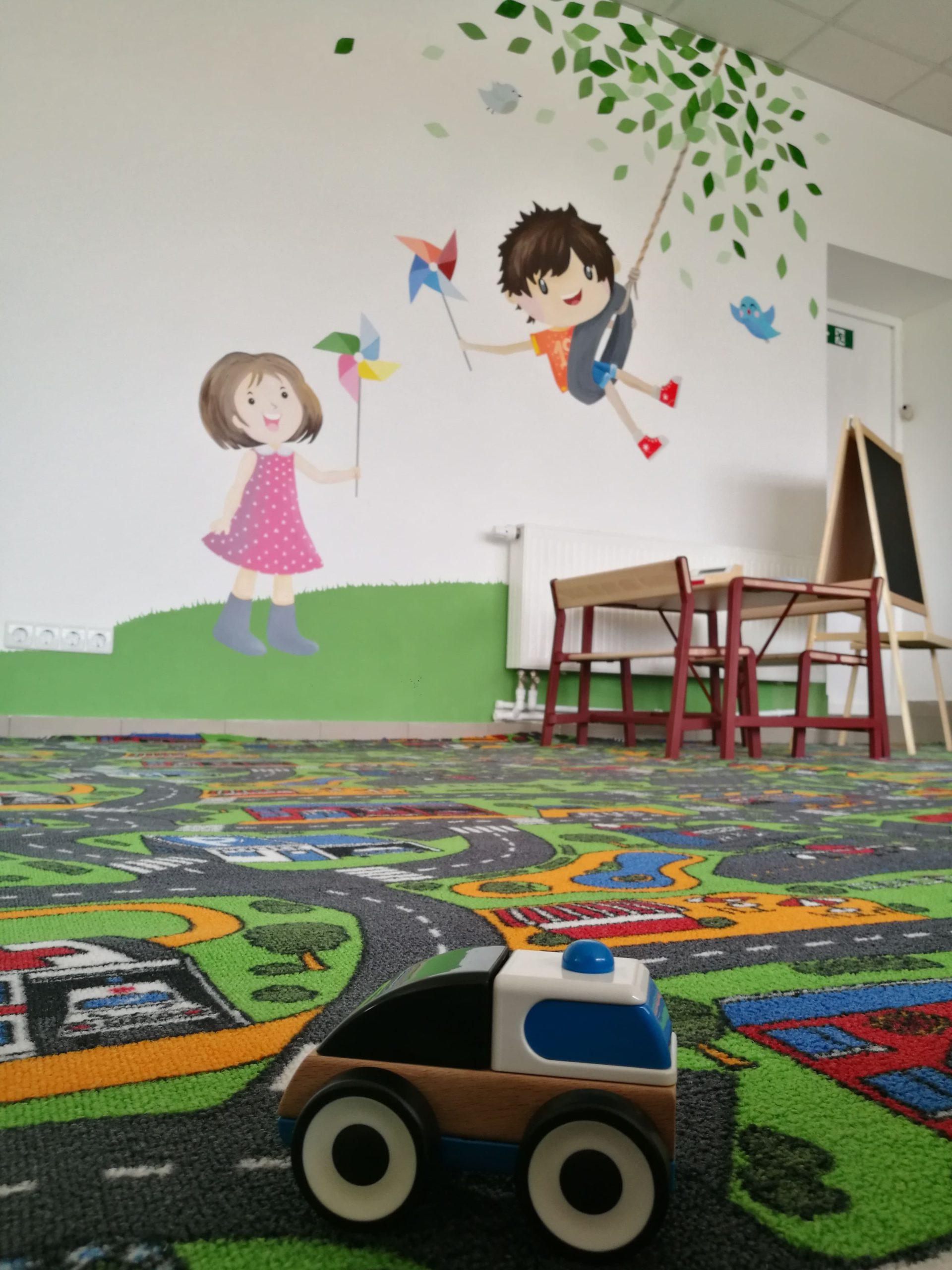 menine-kuryba-sienu-dekoravimas-ugdymo-istaigos (10)