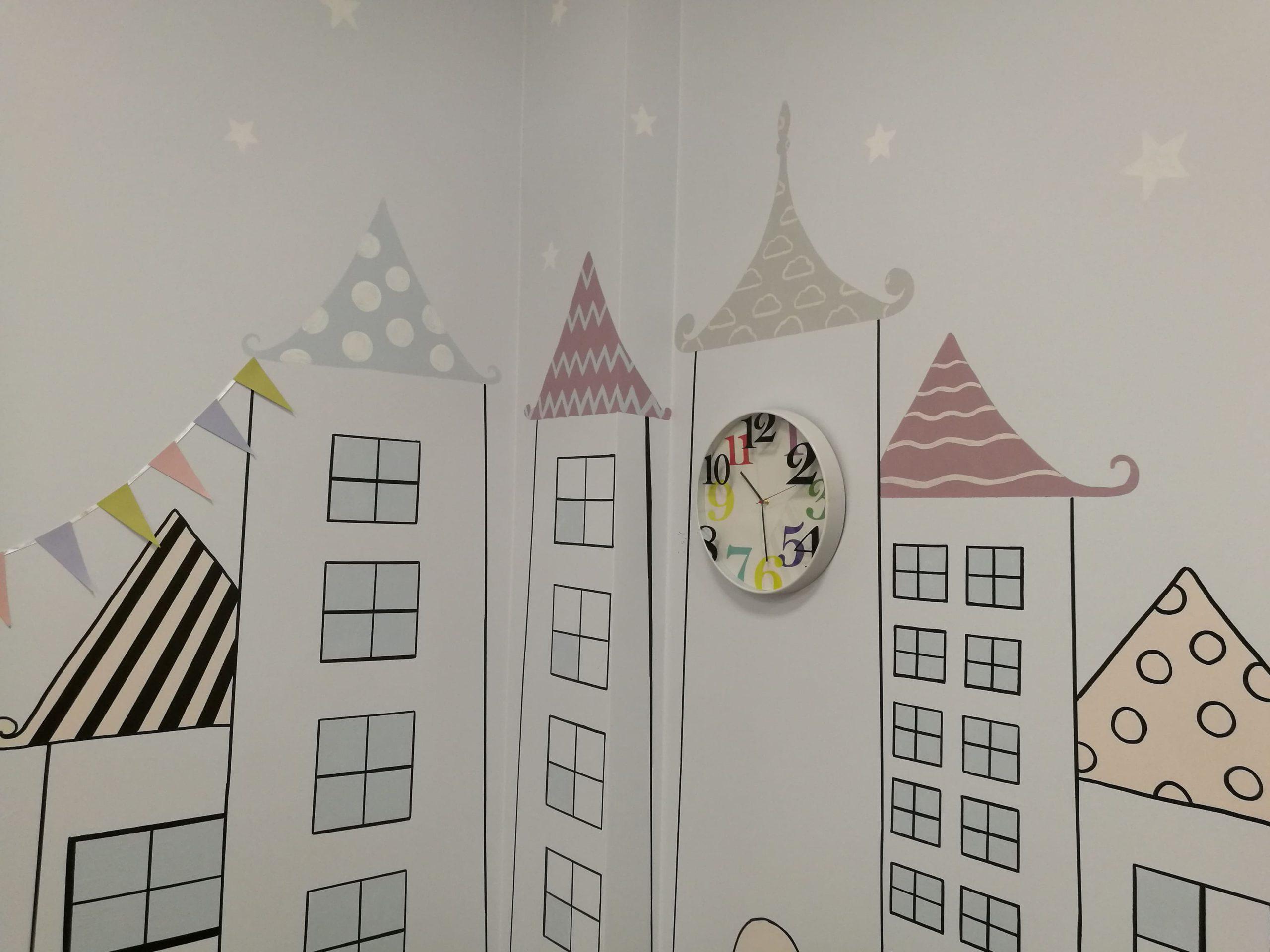 menine-kuryba-sienu-dekoravimas-ugdymo-istaigos (15)