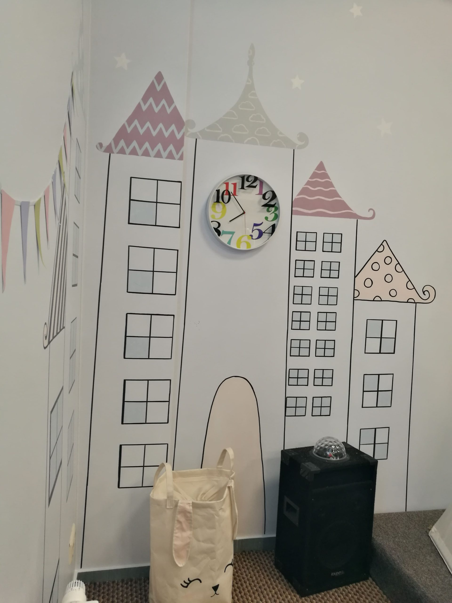 menine-kuryba-sienu-dekoravimas-ugdymo-istaigos (18)
