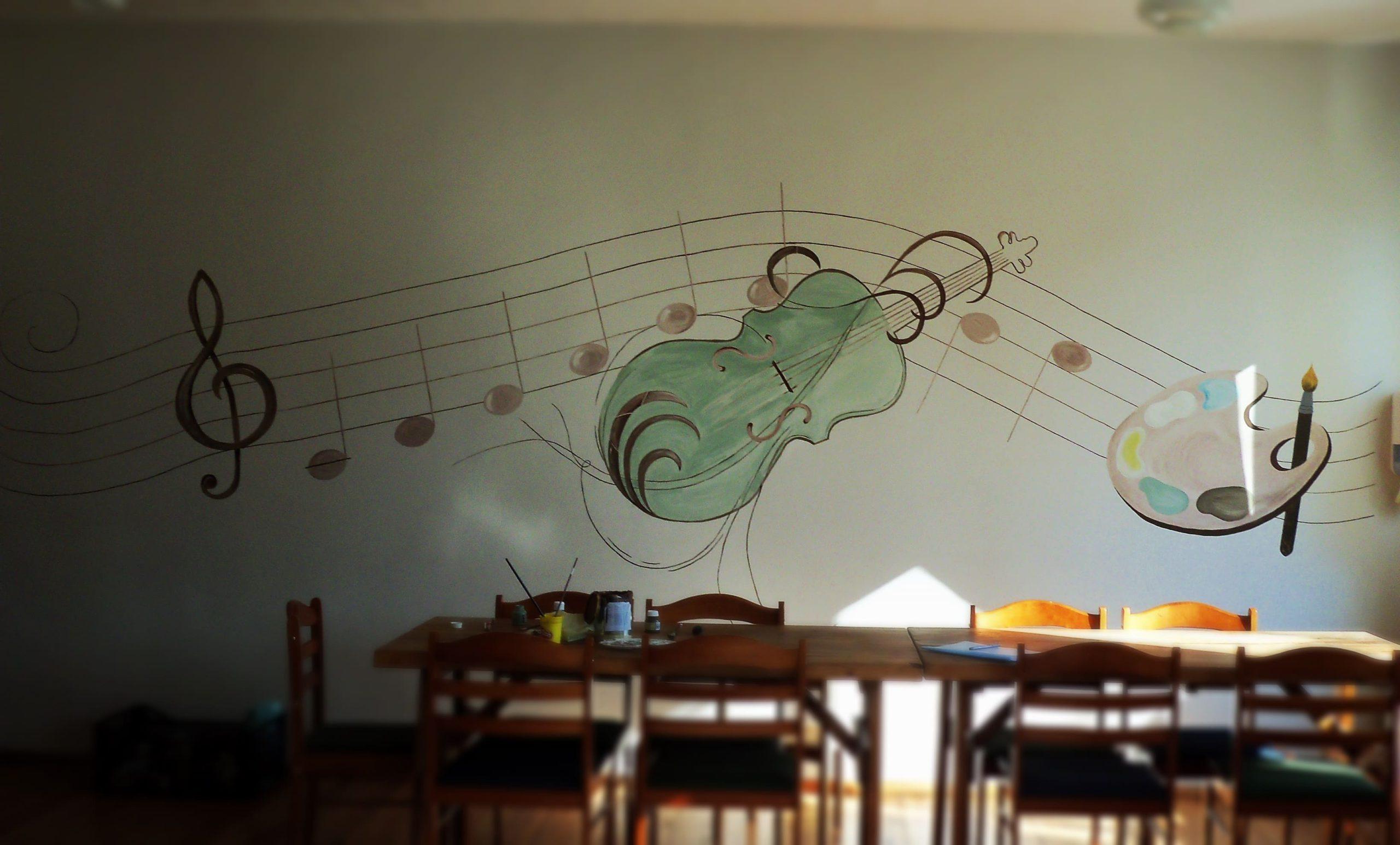 menine-kuryba-sienu-dekoravimas-ugdymo-istaigos (21)