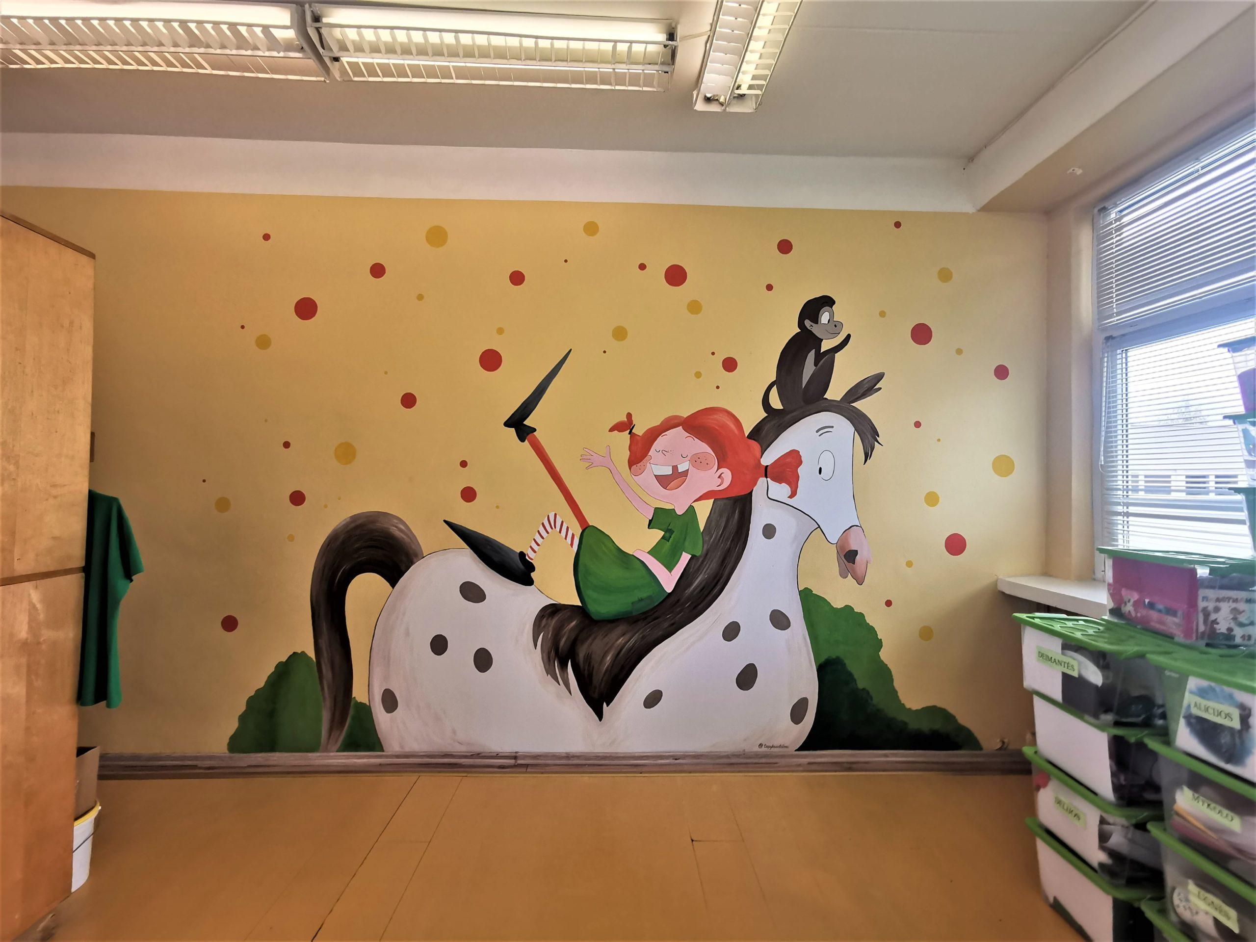 menine-kuryba-sienu-dekoravimas-ugdymo-istaigos (6)