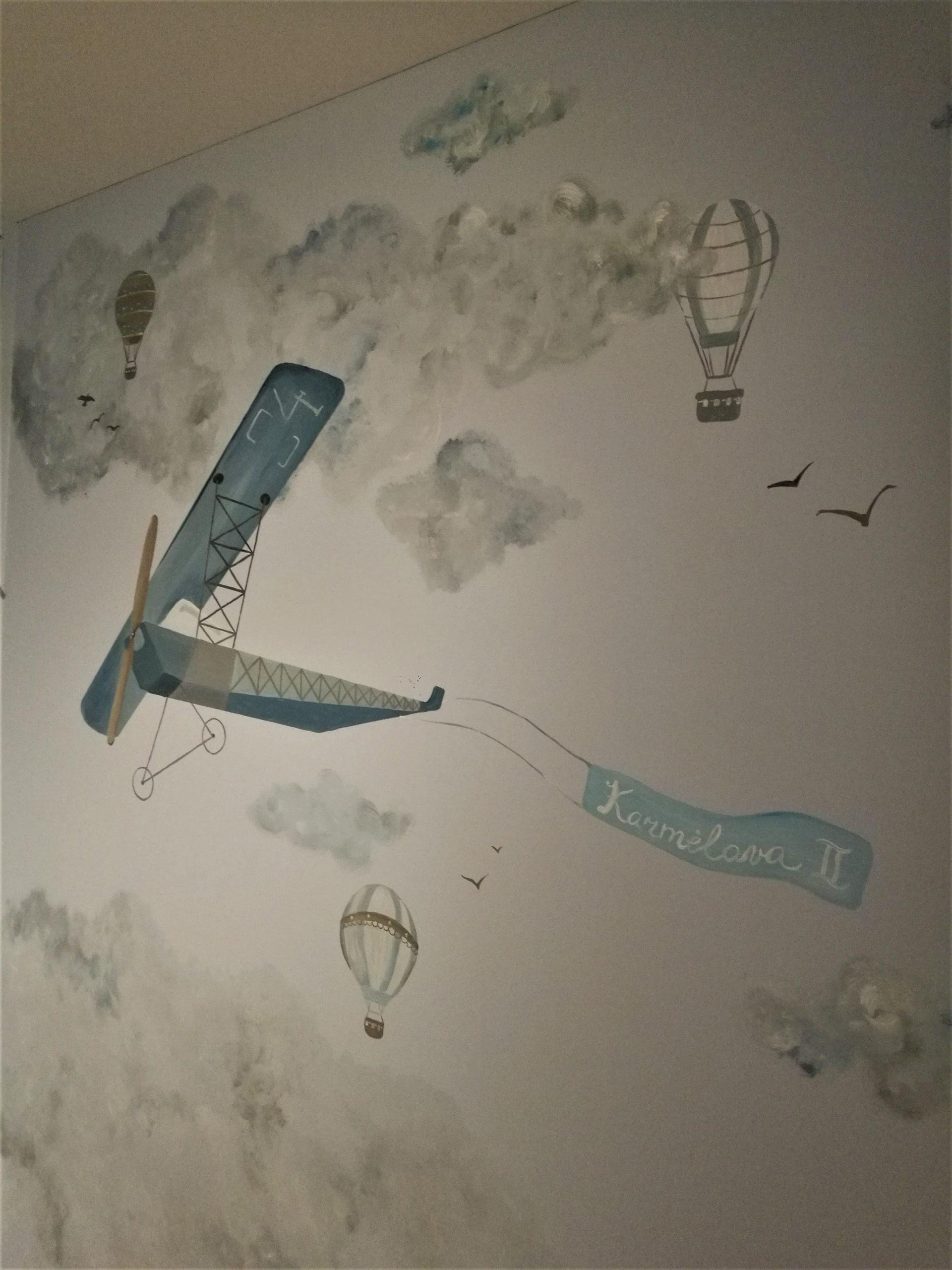 menine-kuryba-sienu-dekoravimas-vaiku-kambariai (10)